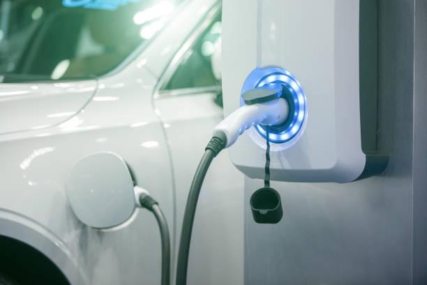 Gros plan sur la borne de recharge d'une voiture électrique